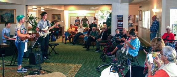 Garden Court Retirement Community Listens to the Garden Street Academy Jazz Band
